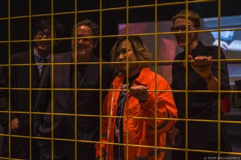 左起策展人杨北辰,国立美术馆馆长Udo Kittelmann艺术家曹斐,策展人Anna-Catharina Gebbers