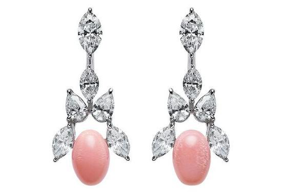 Mikimoto海螺珍珠钻石耳环,2.96克拉钻石,18K白金
