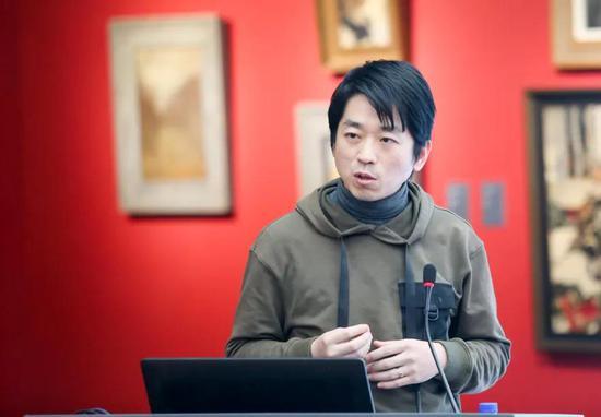 四川音乐学院美术学院三维教研室教师张盛 《3D数字雕塑的特征》