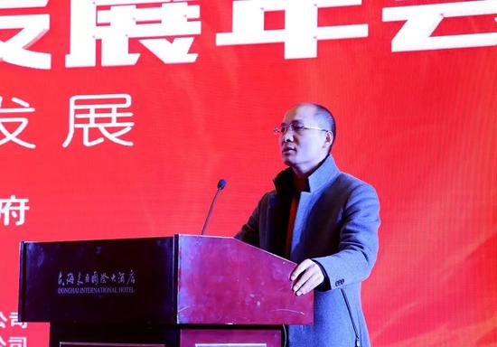 翡翠王朝网络科技有限公司董事长杨牧仁