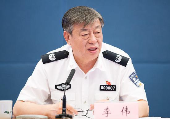 公安部副部长李伟