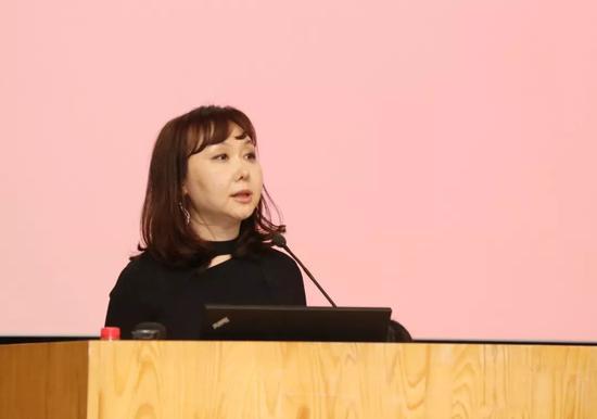 艺术史论坛召集人、中央美术学院人文学院副院长邵亦杨发言