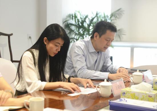 深圳文化产权交易所总经理助理王晓锐、深圳文化产权交易所总经理助理刘俊