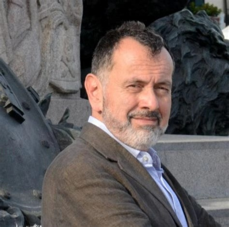 策展人Vittorio Urbani