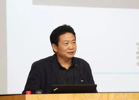 美术馆论坛中方主席、中央美术学院美术馆馆长张子康发言