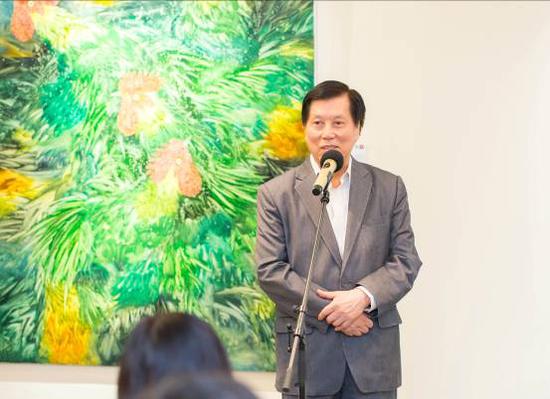 香港云峰画苑创办人、董事长郭浩满先生致辞香港云峰画苑创办人、董事长郭浩满先生致辞