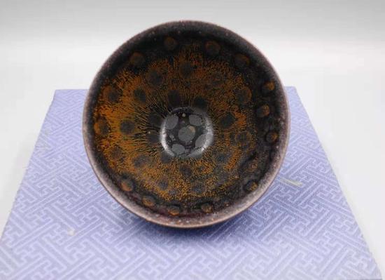 """""""中国绘画和陶瓷的伟大时期""""——宋朝"""