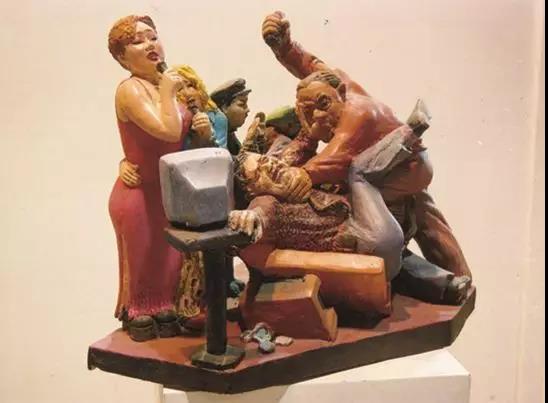 李占洋 《酒吧打架 2-8》 50×48×30cm 雕塑 1999