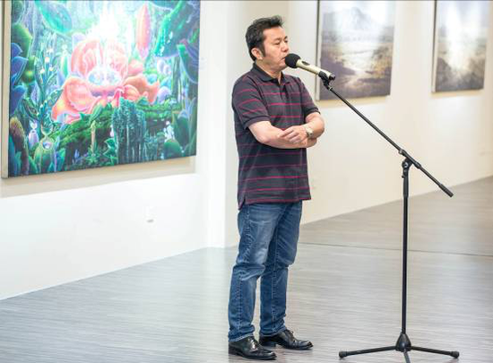 上海师范大学美术学院硕士生导师赵牧教授代表参展艺术家发言
