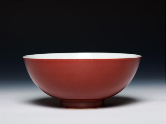 Santos祭红釉碗