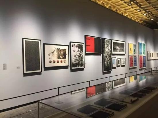 首届国际学院版画联盟展览现场