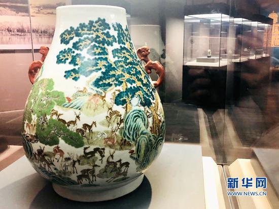 """""""风华清漪——颐和园藏乾隆文物特展""""在福建博物院举行"""