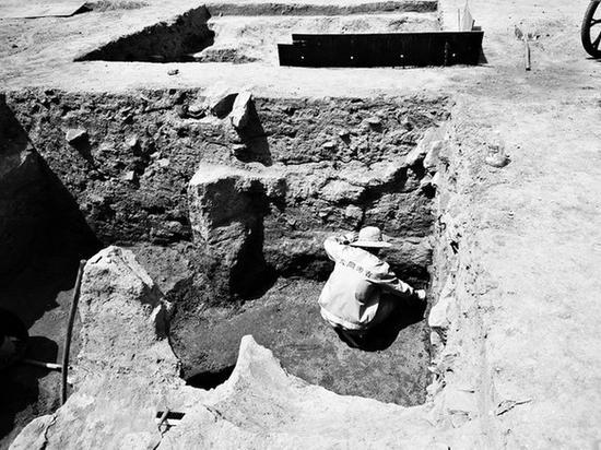 大同古城考古遗址 出土泥塑十余尊