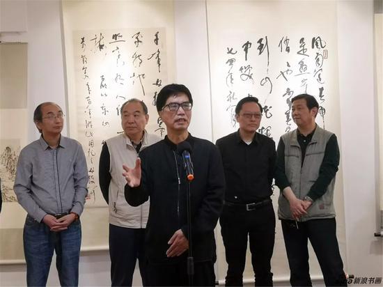 江苏省文学艺术界联合会主席,著名作家、书法家章剑华先生