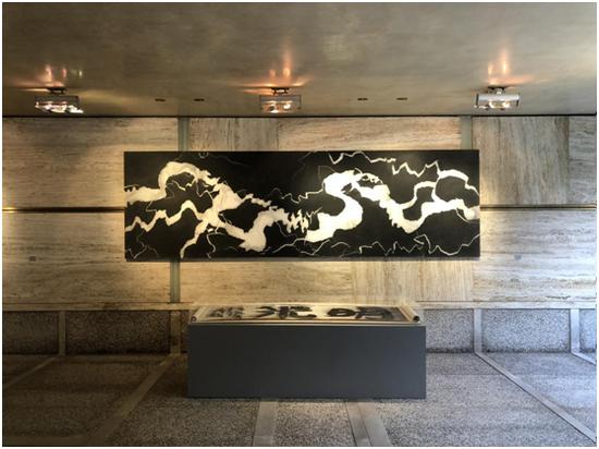 《 裂变-穿越时空之三 》仇德树 / 宣纸丙烯托裱于画布 / 122×400cm / 2010