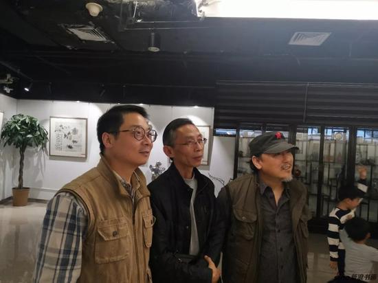 知名书法家画家冯震先生、理事龚爱社先生、画家张树先生