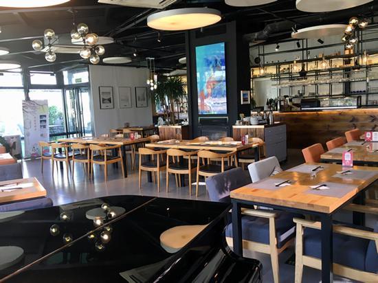 左堤六号艺术日料餐厅