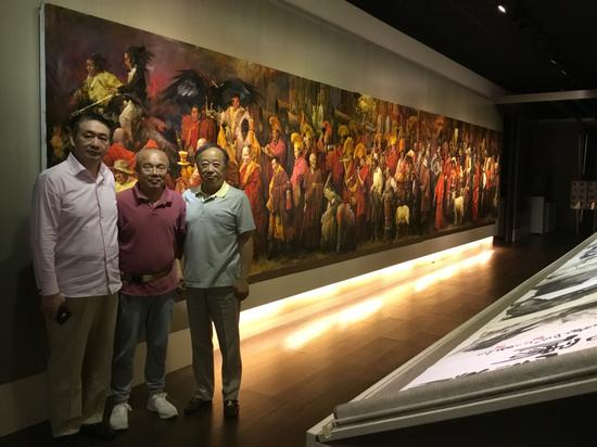 巨幅油画《天上西藏》如今已陈列在台北大藏家吴先生的私人会馆。