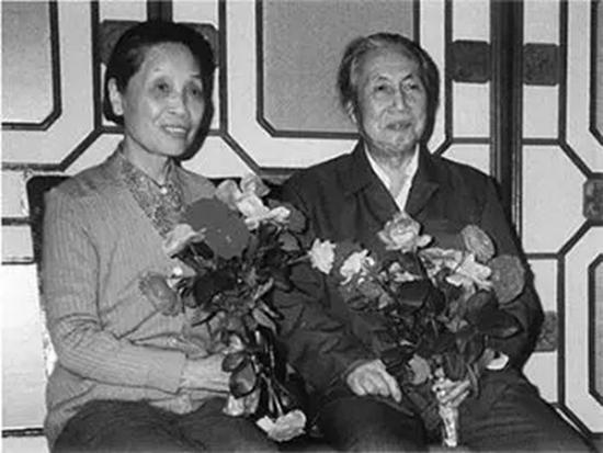 1988年的陆俨少与妻子朱燕因