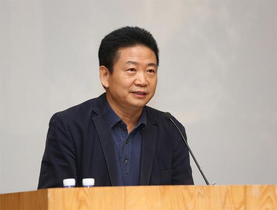 中央美术学院美术馆馆长张子康