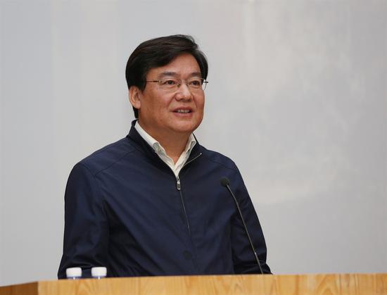 中央美术学院党委书记高洪