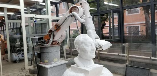 KUKA七轴雕刻机器人