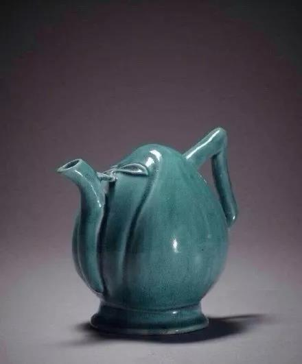 清康熙 孔雀蓝釉瓷 大英博物馆藏