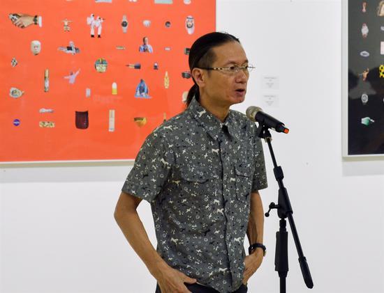 中国艺术家代表邓箭今致辞