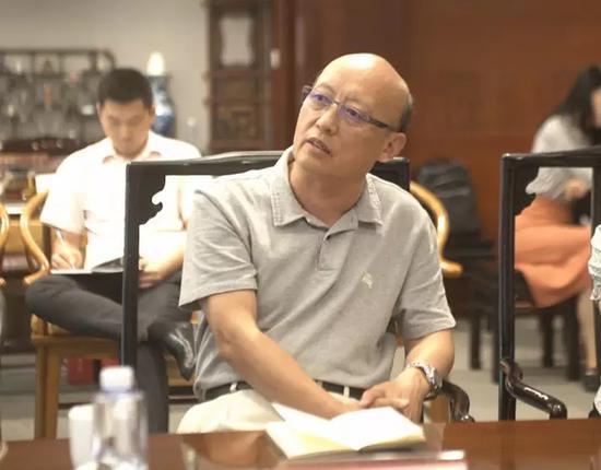 国家信息中心原常务副主任杜平听取深圳文交所介绍