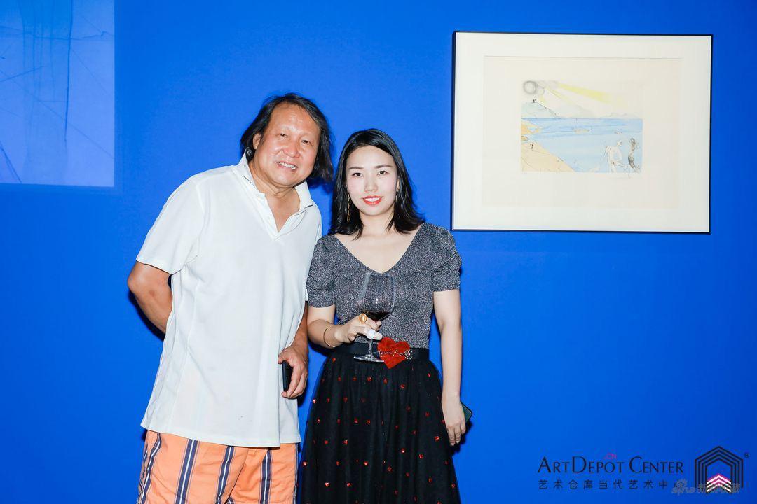 ArtDepot艺术仓库创始人,本次中方策展人Serena Zhao与建筑设计师李俊瑞