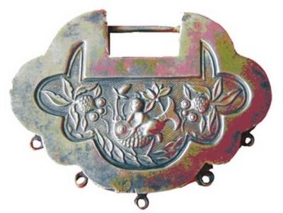 民国时期银质长命富贵锁