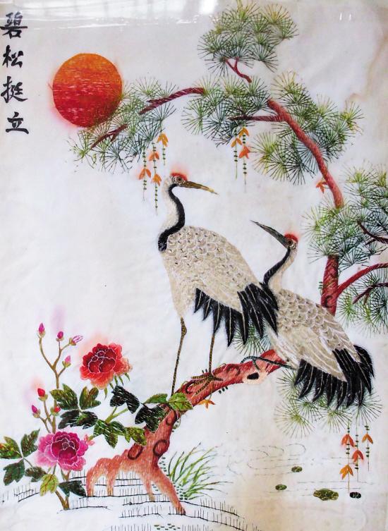 ■清末民初时期的绣品