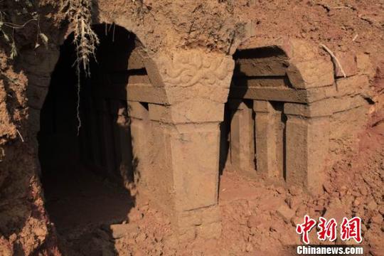 挖掘出的宋代古墓 高艺瑜 摄