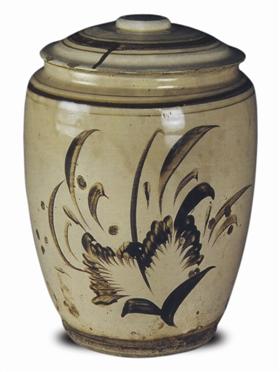 明磁州窑白地褐彩花卉壮罐