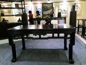 腿酸枝木画桌清乾隆紫檀六角拼桌-传统形制与工艺乃红木家具升值要图片