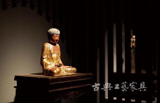 海外流归的藏品占了相对重要一部分。