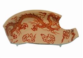图8 白釉红彩龙纹盘残片