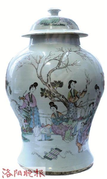 名称:粉彩游春图将军罐 年代:民国时期 拾宝地:洛龙区古城乡