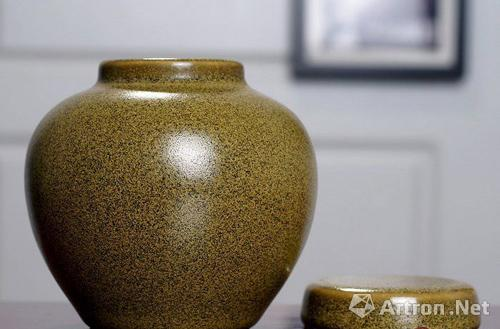 有关茶叶末釉瓷器的收藏