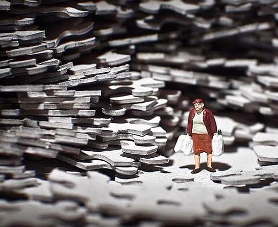 作品名为《生活就是一座迷宫》