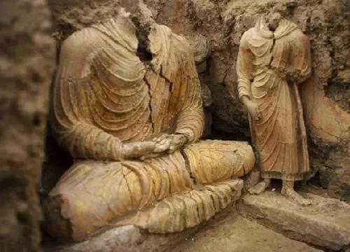 佛国重地阿富汗出土2600年前佛教文物 数量惊人