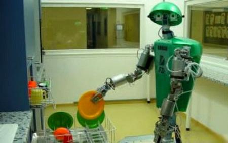 ▲ 意大利米兰的阿巴多买来做面和洗碟的家务机器人