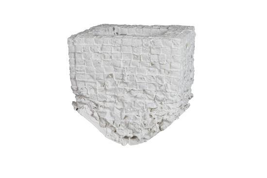 方力钧-2013.7.9 45×39.5×40cm 陶瓷 2013