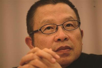 罗中立,原中国美术家协会副主席,原四川美术学院院长。