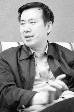 著名作家、茅盾文学奖获得者 张 炜