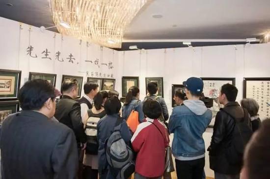 在近现代中国文化艺术界,焦菊隐在戏剧、教育、文学、翻译方面都堪称奇才,观众们正悉心研读先生遗珍