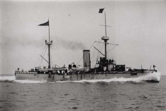 丹东海域发现的沉船确定为甲午战争中沉没的致远号,这很可能入围2015年度十大考古发现