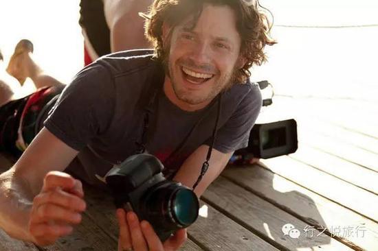 做摄影师的爸爸Aaron Huey
