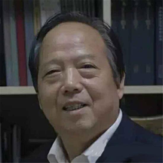 张锦华照片