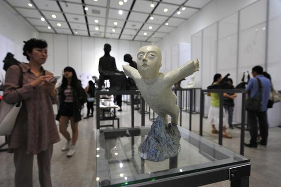 中国艺术研究院中国雕塑院建院九周年雕塑展暨同曦•中国青年雕塑邀请展启动仪式现场